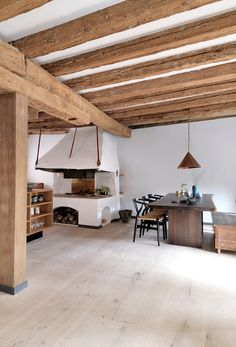 heart oak kitchen and floor | dinesen