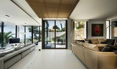 5 Amazing Luxury Villas to Rent in Cote D'AzurNo place says glamour like the Cote D'Azur. Often known as the French Riviera, this coastal vacationland draws an international mix of visitors, inc... Architecture Check more at http://rusticnordic.com/5-amazing-luxury-villas-to-rent-in-cote-dazur/
