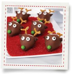 Strawberry Reindeer Faces How-To - Party City