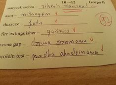 Trudno uwierzyć, co na klasówkach potrafią pisać (i nie tylko!) polscy uczniowie. Oglądając te sprawdziany, uśmiejecie się do łez, zwłaszcza że poczucia Funny Pictures, Funny Memes, Humor, Personalized Items, Fanny Pics, Funny Pics, Humour, Funny Photos, Funny Images