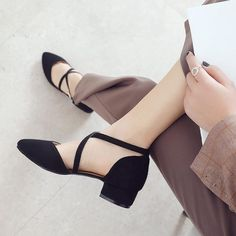 Heel Height: 3 cm Platform Height: - cm Size Note: We send CN size, if your foot is a little wide and fat, we suggest you choose 1 size larger. Size Guide: Euro/CN 34 = US 3 = (Foot Euro/CN 35 = US 4 = (Foot Euro/CN 36 = US 5 = (Foot Euro/CN 37 = US 6 = Low Heel Sandals, Low Heel Shoes, Low Heels, Wedge Shoes, Shoes Sandals, Womens Shoes Wedges, Womens High Heels, Pointed Block Heel, Korean Shoes