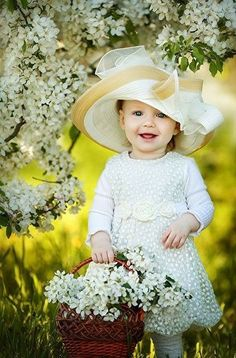 Photography ideas for girls kids toddlers baby photos Trendy ideas Beautiful Little Girls, Beautiful Children, Beautiful Babies, Baby Kind, Cute Baby Girl, Cute Babies, Cute Baby Pictures, Baby Photos, Foto Baby