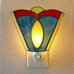 Retro Stained Glass Night Lamp by colorandlight on Etsy Stained Glass Rose, Stained Glass Night Lights, Stained Glass Lamps, Stained Glass Projects, Stained Glass Patterns, Fused Glass, Art Deco Pattern, Glass Paperweights, Light Painting