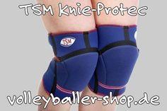 +++ TSM Knie-Protec (Knieschoner / Knieschützer) +++   Offene Kniepolster- Bandage mit hervorragenden Dämpfungseigenschaften für normale Beanspruchung durch Polster aus 14mm Neopren Auch für die seitlichen Gelenkteile. Rutschsicher durchblutungsfördernd schweiß- und wärmeabführend. 2-facher Klettverschluss. Die Bandage hat durch die beiden Klettverschlüsse einen optimalen Sitz. www.volleyballer-shop.de