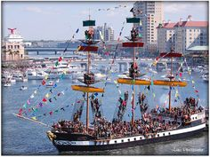 The Pirate Ship, Gasparilla 2011 Gasparilla Tampa, Florida Pictures, Tall Ships, Key West, Sailing Ships, Pirates, Boat, Galleries, Graphic Design