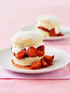 Vegan Strawberry Shortcakes Recipe via @Matty Chuah Healthy Voyager