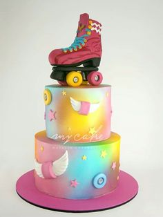 Torta Soy Luna Roller Skating Party, Skate Party, Birday Cake, Cupcake Cakes, Cumpleaños Soy Luna Ideas, Beautiful Cakes, Amazing Cakes, Soy Luna Cake, Roller Skate Cake