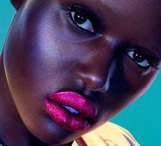 Beautiful Pink Lipstick Makeup Ideas For Spring And Summer 18 Pink Lipstick Makeup, Matte Lipstick, Glitter Lipstick, Beauty Skin, Beauty Makeup, Cool Winter, Linda Hallberg, My Black Is Beautiful, Dark Skin