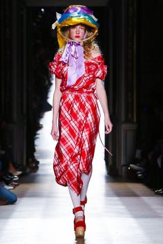 Vivienne Westwood Ready To Wear Spring Summer 2015 Paris