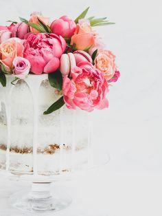 "Say ""I Dough"" with Panasonic Kitchen: Wedding Cake & Favour Recipes - Vegan Wedding Cake 3 Tier Wedding Cakes, Vegan Wedding Cake, Creative Wedding Cakes, Summer Wedding Cakes, Wedding Cake Flavors, Elegant Wedding Cakes, Beautiful Wedding Cakes, Wedding Cake Toppers, Wedding Beach"