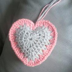 Kasthanger hart  Trefwoorden Haken gehaakt crochet hart Valentin valentijn heart
