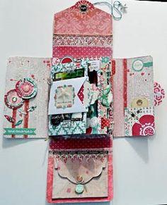 Love this mini album! JennysScrappiCorner: A Minialbum In A Box. with Teresa Collins Design. Teresa Collins, Mini Albums Scrap, Mini Scrapbook Albums, Scrapbook Cards, Tarjetas Diy, Mini Album Tutorial, Album Book, Handmade Books, Mini Books