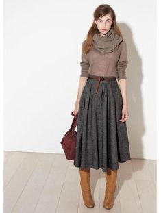 Midi skirt + boots- i want a plethora of skirts like this simple outfits, Mode Outfits, Fall Outfits, Office Outfits, Skirt Outfits For Winter, Circle Skirt Outfits, Office Wear, Dress Outfits, Look Fashion, Womens Fashion
