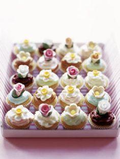 mini fairy cakes