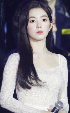 Kpop Girl Groups, Korean Girl Groups, Kpop Girls, Park Sooyoung, Seulgi, Korean Beauty, Asian Beauty, Irene Red Velvet, Korean Best Friends