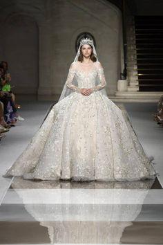 Ziad Nakad at Couture Fall 2019 - Runway Photos Luxury Wedding, Dream Wedding, Simple Elegant Wedding, Tony Ward, Wedding News, Armani Prive, Zuhair Murad, Couture Collection, Elie Saab