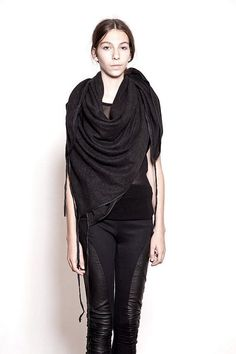 GOtta be love ALLL black!!! <3!!! OVATE - SQUARE SCARF WITH LEATHER BINDING
