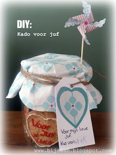 DIY: Gift for teacher - Baking cookies with your child, with nice packaging a nice present...