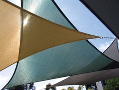 Look at pictures of Shade Sail Layout Designs. Great way to get ideas of how to layout a design for your backyard Sun Sails Backyard Shade, Outdoor Shade, Patio Shade, Pergola Shade, Pergola Patio, Pergola Kits, Pergola Ideas, Triangle Shade Sail, Sun Sail Shade