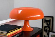 Artemide Nesso Table Lamp, designed in 1967 by Giancarlo Mattioli & Gruppo Architectetti Urbanisti Citta Nuova.
