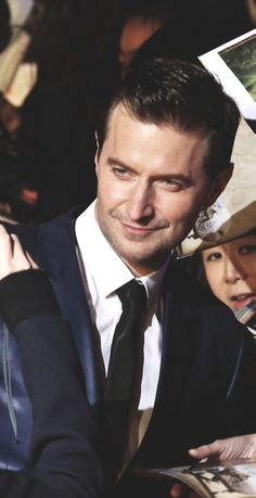 Richard Armitage - he makes my heart flutter and my mind go fuzzy!