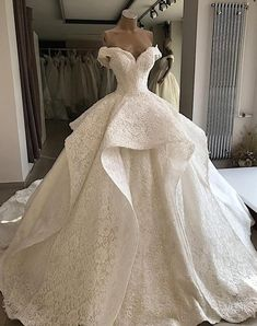 onlybridals Luxury Customized Lace Beading Wedding Dress 2019 Sweetheart Off The Shoulder Lace Up Wedding Gowns - Customized wedding dress factory export trade for ten years, welcome to order wedding dress in batches with their own factory Source by - Luxury Wedding Dress, Princess Wedding Dresses, Best Wedding Dresses, Bridal Dresses, Wedding Gowns, Wedding Wear, Ballgown Wedding Dress, White Princess Dress, Most Beautiful Wedding Dresses