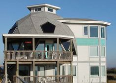 Casa con cúpula geodésica | Casasdemaderaymas.com