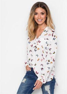 Самые модные блузки 2017-2018 года, новинки, тенденции. Модные фасоны блузок: романтичные асимметричные блузки, стильные блузки-рубашки, красивые блузки с принтами, рюшами и воланами.