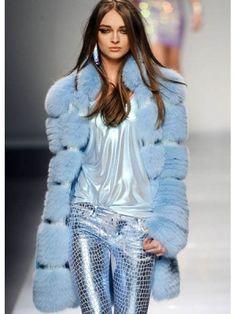 Blumarine,2012, future fashio, fashion girl, model, futuristic look, futuristic fashion, blue, blue clothes, futuristic clothes by FuturisticNews