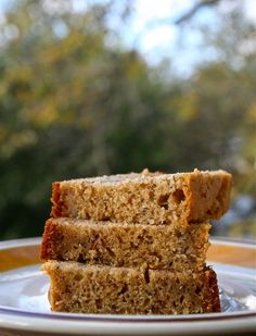 Maple Syrup Banana Bread: Maple syrup turned out to be the perfect substitute for white sugar.