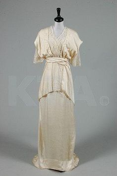 Wedding dress by House of Worth, ca 1913 France