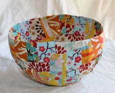 make a Fabric Mâché Bowl! - Red Ted Art - It's great to get the kids to make Christmas presents for relatives and friends. Paper Mache Bowls, Paper Bowls, Fabric Bowls, Arts And Crafts, Paper Crafts, Diy Crafts, Paper Mache Crafts For Kids, Paper Mache Projects, Fabric Art