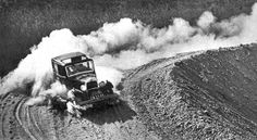 Cape Town history An Austin 10 on the Houw Hoek Pass, on the way to Hermanus Vintage Photos, Vintage Cars, African History, Cape Town, South Africa, Monster Trucks, Old Things, Black And White, City
