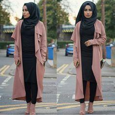 Rose waterfall cardigan and shoes - check out: Esma Hijab Wear, Hijab Outfit, Hijab Fashion Inspiration, Style Inspiration, Burka Style, Muslimah Clothing, Collage Outfits, Modest Fashion, Fashion Outfits