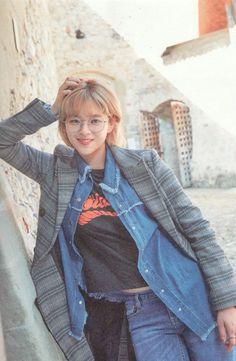 in Swiss Jeongyeon Suwon, Nayeon, Twice Jungyeon, Twice Kpop, South Korean Girls, Korean Girl Groups, Divas, Warner Music, One In A Million