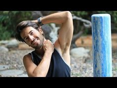 Best Foam Roller Routine For Neck, Upper Back, and Shoulder Pain & Relieve Tension - YouTube