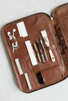 LOVE THIS! Stunning This is Ground Leather Mod Laptop 2 Case in Cognac by  This is Ground from NoteMaker.com.au & receive FREE shipping on Aust orders over $99 & I/N orders over $199