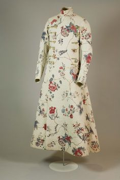 """""""1770s Gentleman's Banyan - Belonging to George IV """" """"It dates from between 1770-1780. It is made of a beautiful Indian cotton printed with a floral design very typical of the late 18th century. The fabric has been quilted for extra warmth"""""""