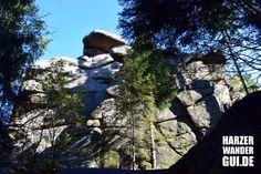 Ottofelsen nahe Wernigeorde Hasserode. Der Fels stellt ist begehbar und stellt die Stempelstelle 27 der Harzer Wandernadel. Mehr Infos auf dem HarzerWanderGui.DE.  #ottofelsen #ottofels #harzerwandernadel #hwn #wr #wernigerode #hasserode #harz #wandernimharz #harzklippen #kletterfelsen