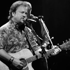 Larry with Restless Heart at the Franklin Theater, TN