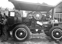 The Sun tractor was built by Fodens Ltd of Sandbach in the 1920s. It was an experimental light tractor design, using the engine from the Foden Speed Six steam wagon. Only three were made; this example has been prepared for Foden's Centenary Show.