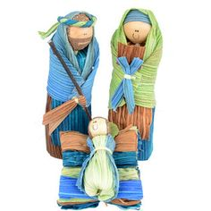 A+cheerful+Holy+Family+is+created+from+dried+cornhusks+and+dyed+in+pleasing+blue+and+green+hues.+From+fair+trade+Sapia,+providing+income+to+artisans+in+war-ravaged+Colombia.+A+nativity+with+a+difference.