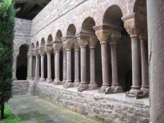 Claustre del Monestir de Santa Maria de l'Estany, al poble de l'Estany, al Moianès (Catalonia)