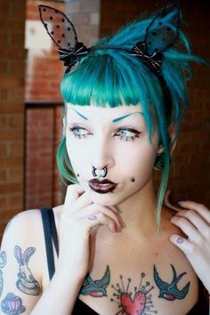 Turquoise hair and Fringe on this #Goth girl