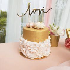 Przepiękny kontur na tort weselny w nowoczesnym stylu - zachwyć swoich gości! #wesele #konturnatort #kolekcjaslubna #slub #dodatkislubne #dekoracjeslubne #tortslubny Vanilla Cake, Desserts, Food, Tailgate Desserts, Dessert, Postres, Deserts, Meals
