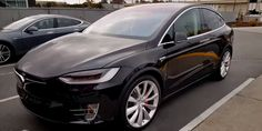 As Signature Model X reservation holders are still patiently (or impatiently) waiting for a delivery date from Tesla, one more Founders series owner managed to get his hands on the all-electric SUV. Tesla Model X, Futuristic Cars, Electric Cars, Dream Cars, Super Cars, California, Vehicles, Zero, Waiting