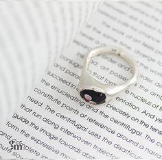 Black Ring Women, Black Silver Ring, Black Glass Ring, Black Statement Ring, Gift for Her,Statement Ring, Ring for Mom, Silver Sterling Ring