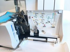 enfilage surjeteuse Lidl 1450 ol by Pfaff Diy, Tour Eiffel, Triangles, Gardens, Serger Sewing, Sewing Collars, Patron Couture Facile, Sewing Tips, Sewing Lessons