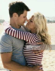 News Photo : Jessica Simpson & Nick Lachey; Jessica Simpson &...