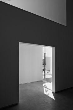 Migliari Guimarães House,© Haruo Mikami